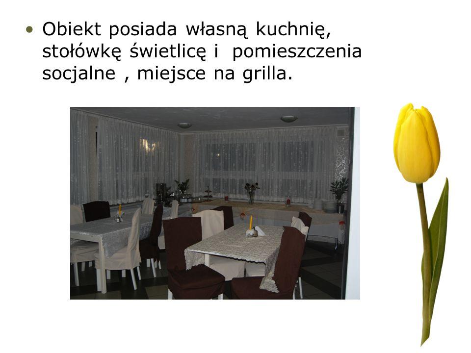 Obiekt posiada własną kuchnię, stołówkę świetlicę i pomieszczenia socjalne, miejsce na grilla.