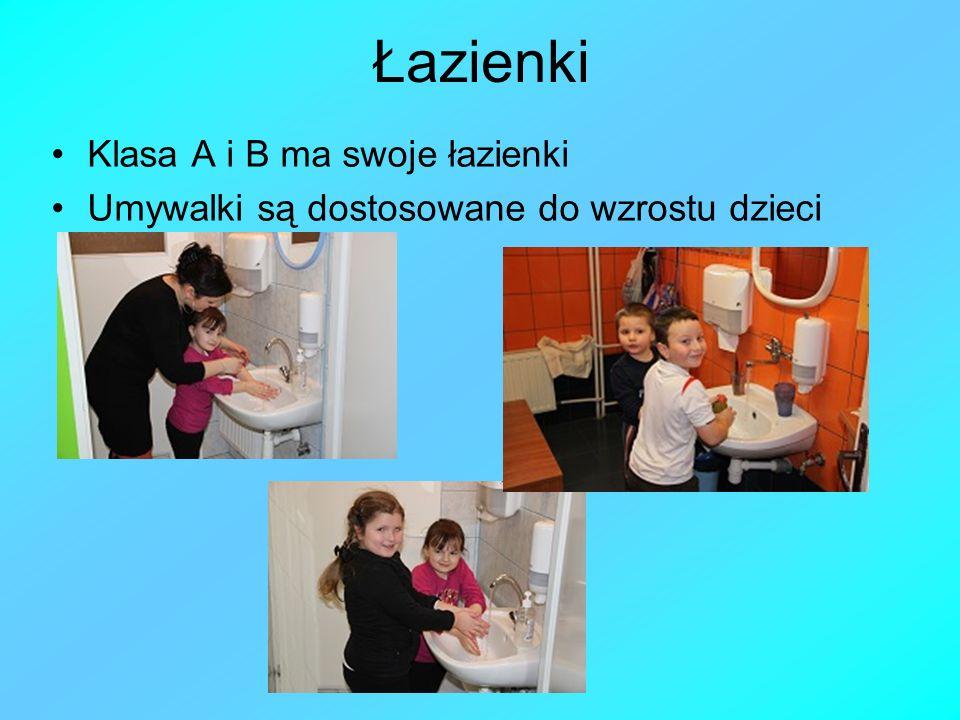 Łazienki Klasa A i B ma swoje łazienki Umywalki są dostosowane do wzrostu dzieci
