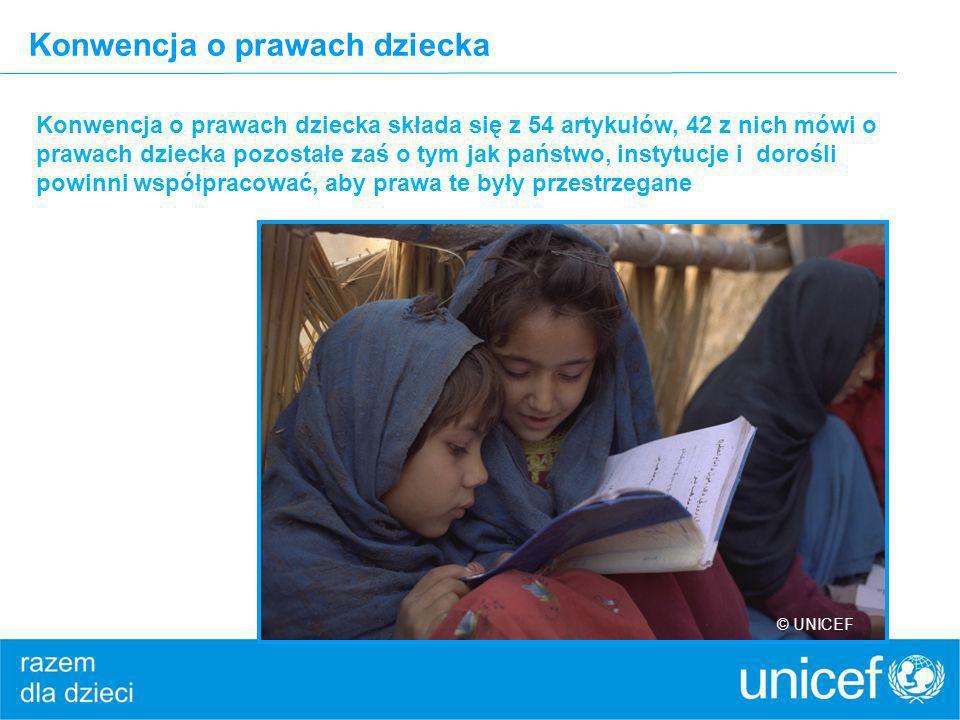 Konwencja o prawach dziecka Konwencja o prawach dziecka składa się z 54 artykułów, 42 z nich mówi o prawach dziecka pozostałe zaś o tym jak państwo, i