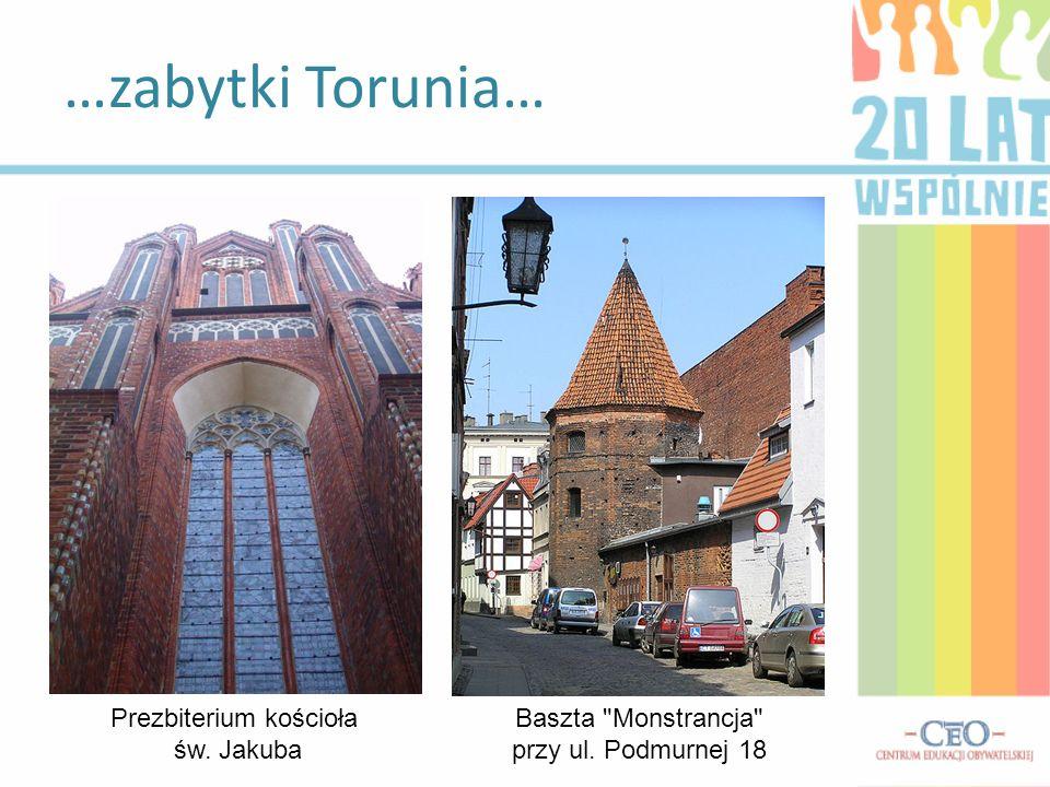 A także… Rynek Staromiejski w Toruniu i Ratusz Staromiejski w Toruniu Rynek Nowomiejski w Toruniu i Ratusz Nowomiejski w Toruniu mury miejskie, budowane od połowy XIII, rozbudowywane i modernizowane do XV w., w większości rozebrane w XIX w ruiny zamku krzyżackiego, Dom Kopernika , ul.