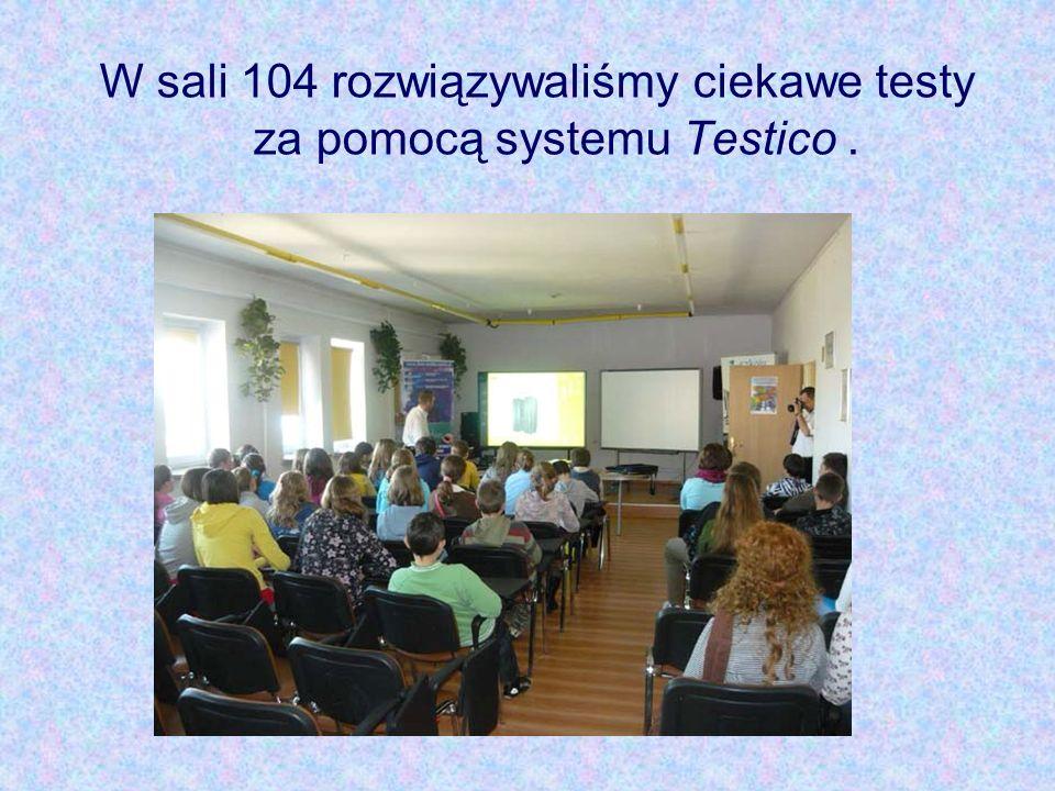W sali 104 rozwiązywaliśmy ciekawe testy za pomocą systemu Testico.