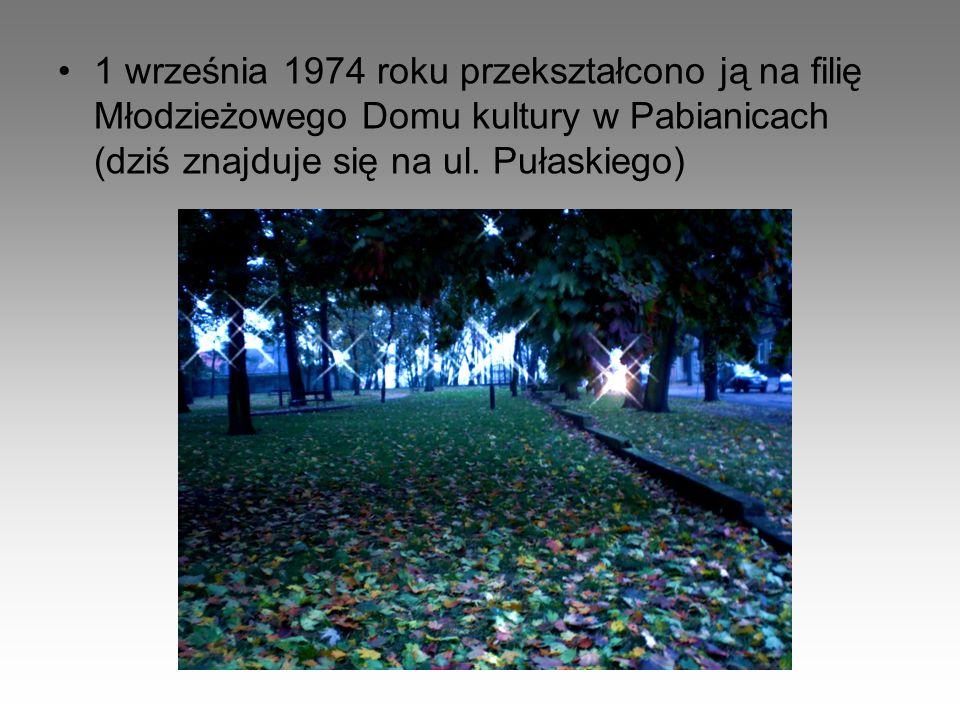 W latach 70. barak nazwano świetlicą dla młodzieży dojeżdżającej do pabianickich szkół.