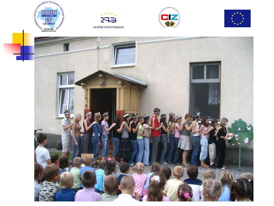 Kółko polonistyczne z przedstawieniem dla przedszkolaków