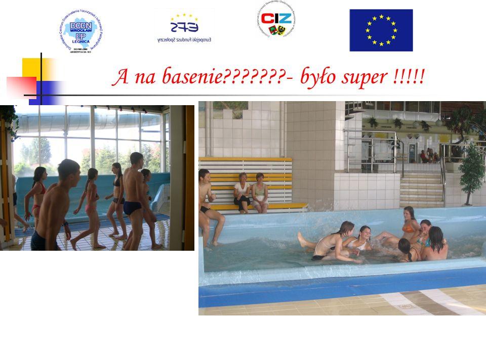 W tak piękną pogodę jedziemy na basen do Leszna !!