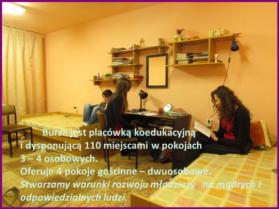 Bursa jest placówką koedukacyjną i dysponującą 110 miejscami w pokojach 3 – 4 osobowych. Oferuje 4 pokoje gościnne – dwuosobowe. Stwarzamy warunki roz