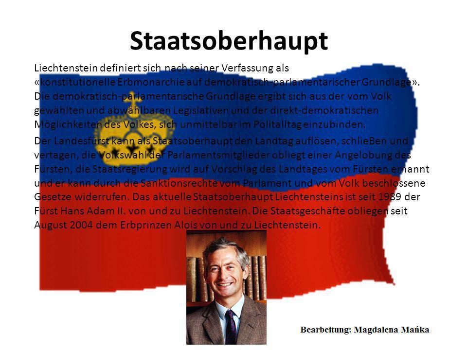 Flagge Liechtensteins Die Flagge Liechtensteins besteht aus zwei gleich großen, horizontalen Streifen: oben blau und unten rot. In dem blauen Streifen