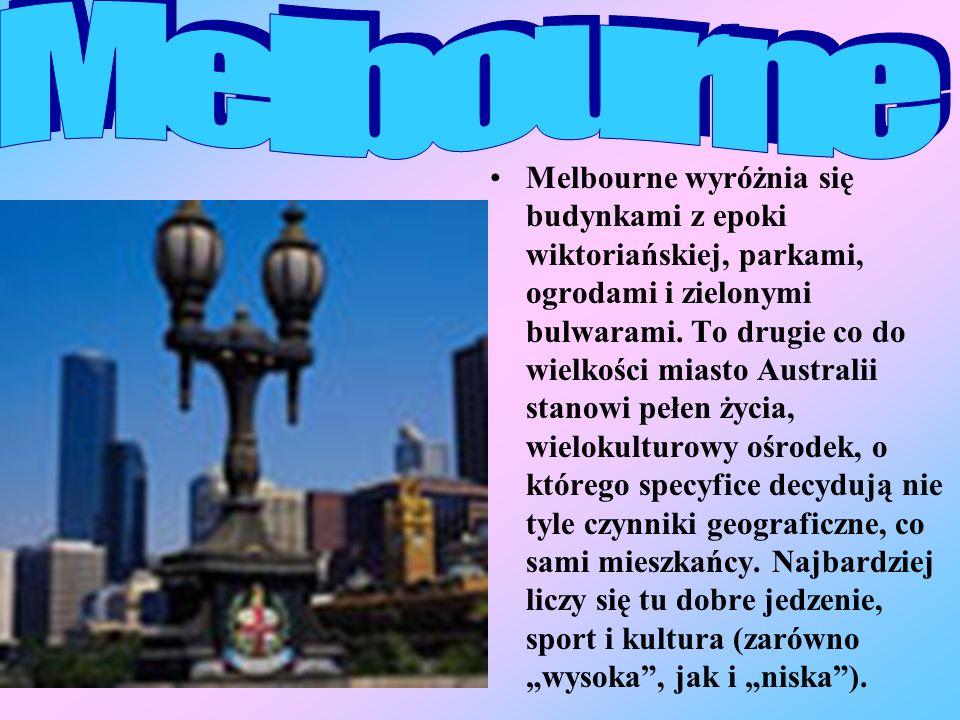 Melbourne wyróżnia się budynkami z epoki wiktoriańskiej, parkami, ogrodami i zielonymi bulwarami.