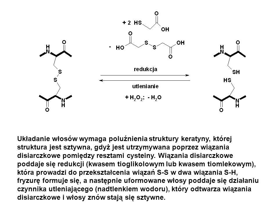 Zarówno redukcja, jak i utlenianie są prowadzone w środowisku alkalicznym (pH = 8 – 8.6).