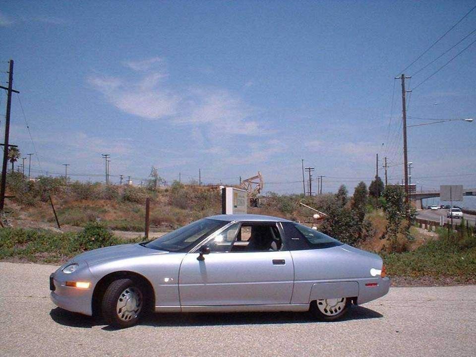 W ubiegłym roku zaprezentowano publicznie Genepax, pierwsze i jedyne jak dotąd auto funkcjonujące na parę wodną.