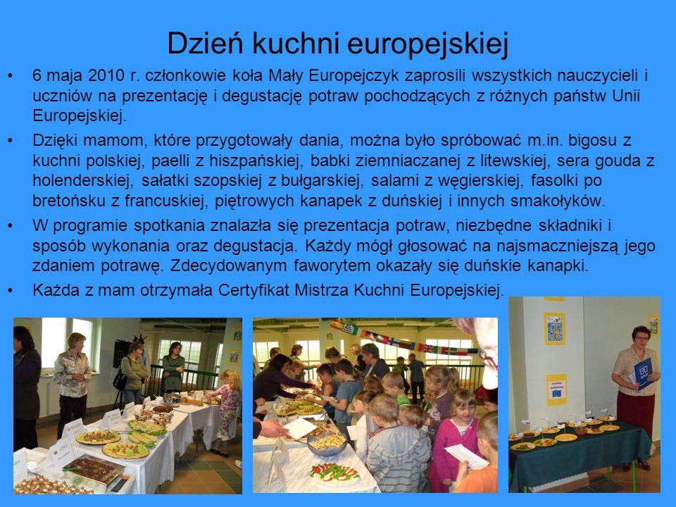 Dzień kuchni europejskiej 6 maja 2010 r. członkowie koła Mały Europejczyk zaprosili wszystkich nauczycieli i uczniów na prezentację i degustację potra