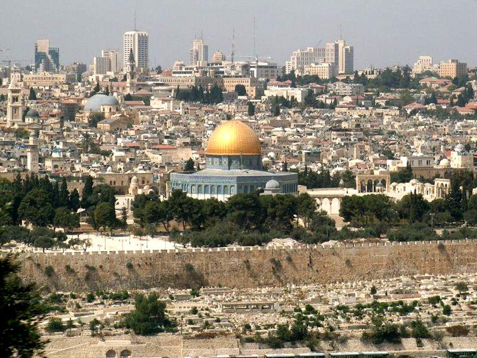 Meczet Al-Aksa, jest jedną z najważniejszych świątyń muzułmańskich na świecie.