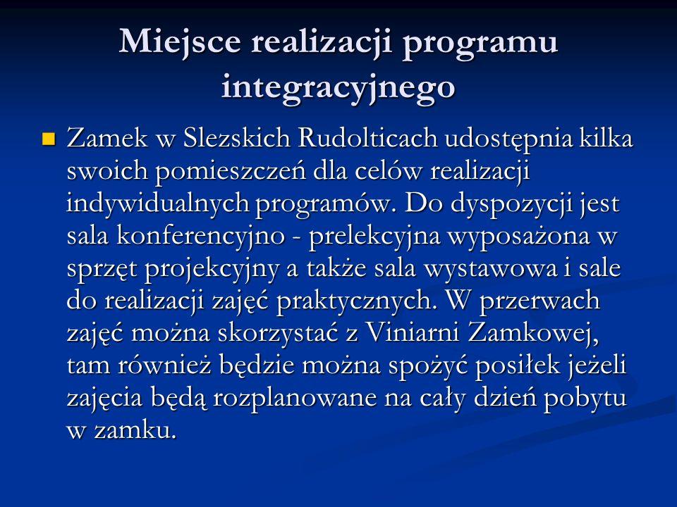 Miejsce realizacji programu integracyjnego Zamek w Slezskich Rudolticach udostępnia kilka swoich pomieszczeń dla celów realizacji indywidualnych programów.