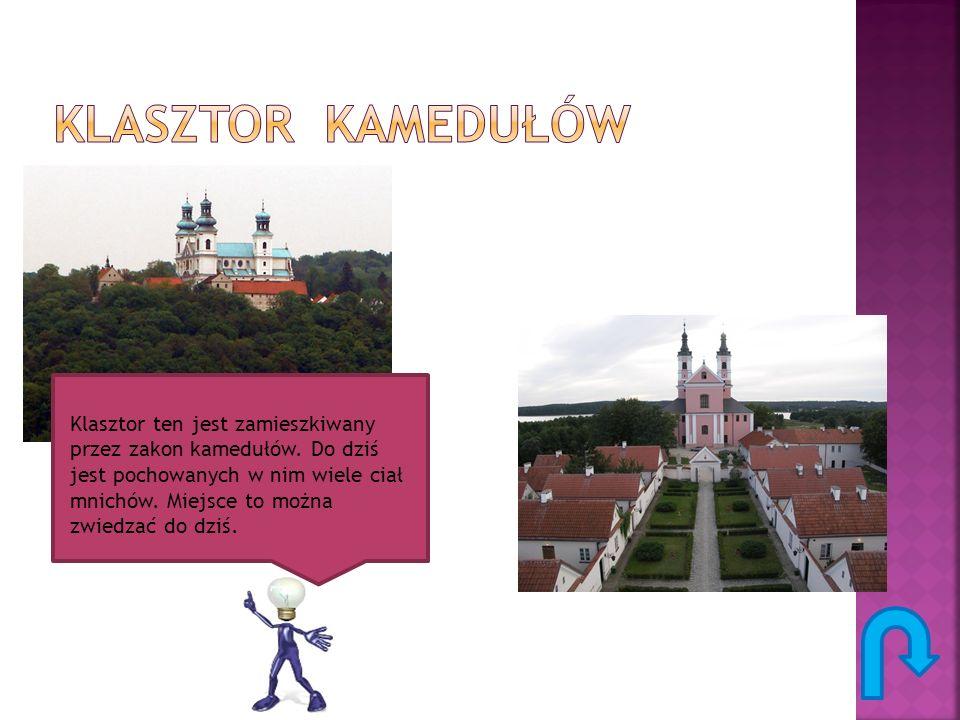 Klasztor ten jest zamieszkiwany przez zakon kamedułów. Do dziś jest pochowanych w nim wiele ciał mnichów. Miejsce to można zwiedzać do dziś.