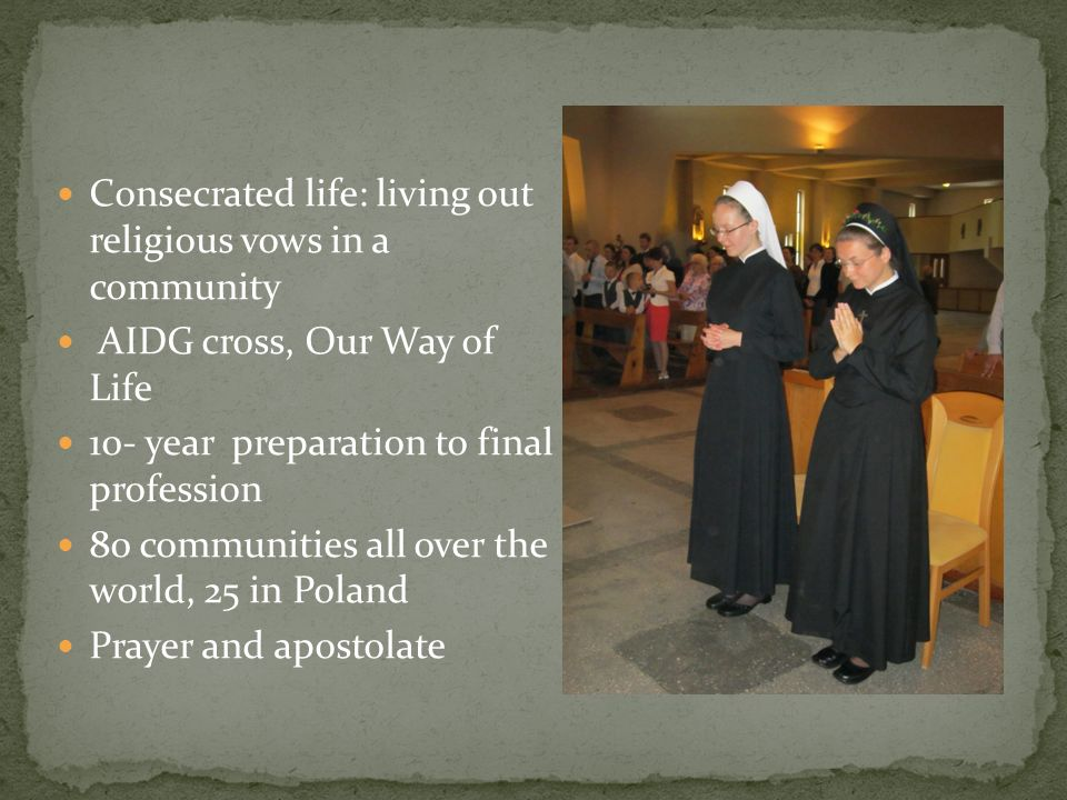 Parochial choir Singing was not enough… 21 members and collaborators Prayer with the community of Pallottine Sisters and a diocesan priest