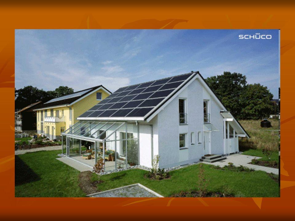 Kolektor słoneczny Kolektor słoneczny to urządzenie zamieniające energię słoneczną na energię cieplną.