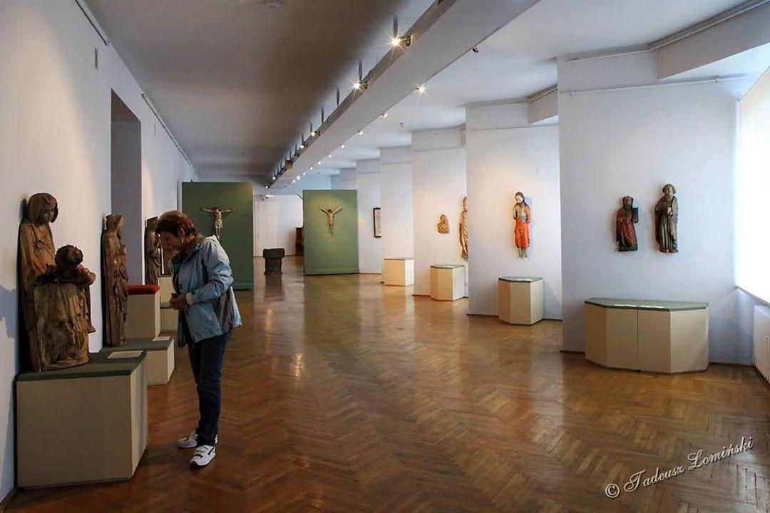 Skarbiec muzealny – zbiory paramentów liturgicznych