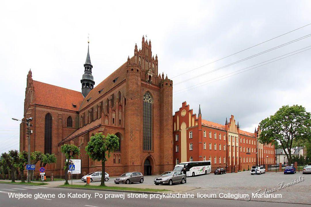 Bazylika Katedralna budowana była od 1380 roku przez około 250 lat.