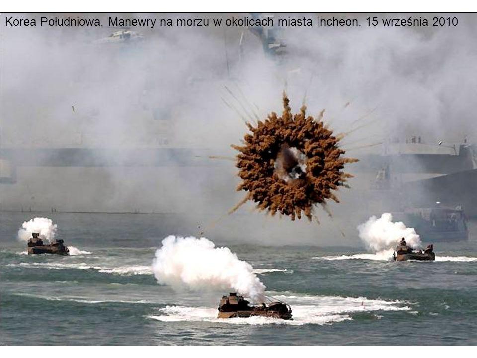 Korea Południowa. Manewry na morzu w okolicach miasta Incheon. 15 września 2010