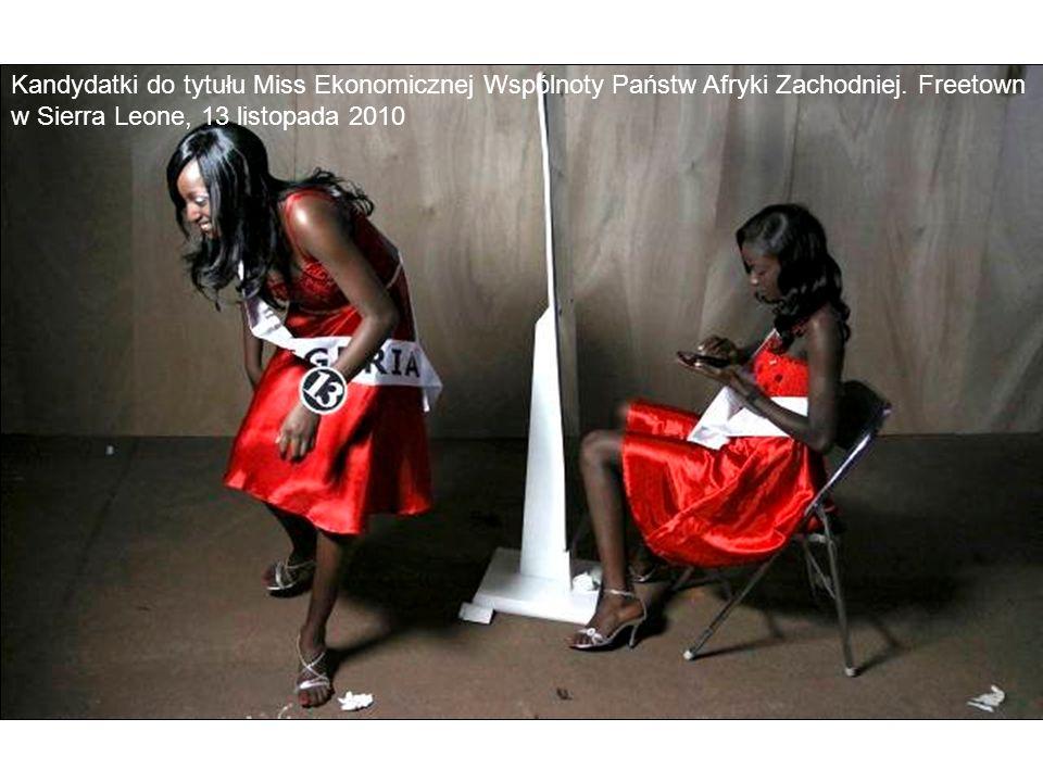 Kandydatki do tytułu Miss Ekonomicznej Wspólnoty Państw Afryki Zachodniej. Freetown w Sierra Leone, 13 listopada 2010