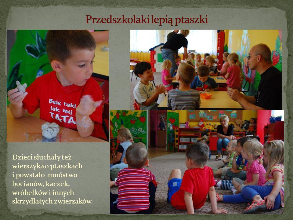 Dzieci słuchały też wierszyka o ptaszkach i powstało mnóstwo bocianów, kaczek, wróbelków i innych skrzydlatych zwierzaków.