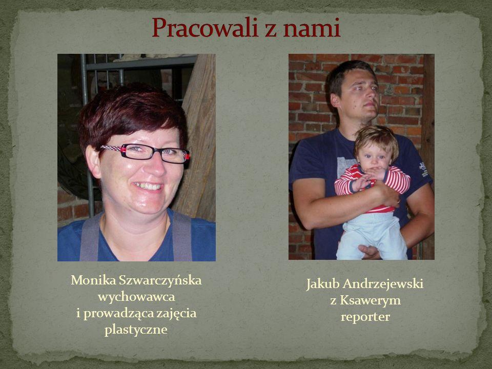 Jakub Andrzejewski z Ksawerym reporter Monika Szwarczyńska wychowawca i prowadząca zajęcia plastyczne