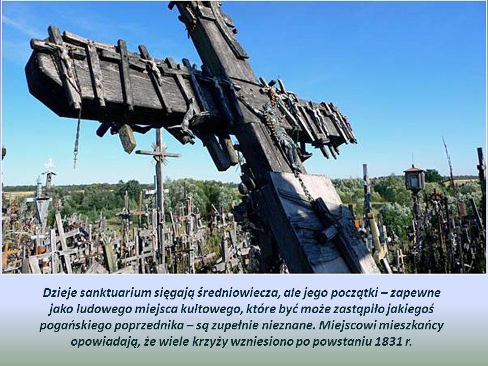 Najczęściej jednak drewniane krzyże przewracano, łamano, palono a metalowe wywożono na złom.