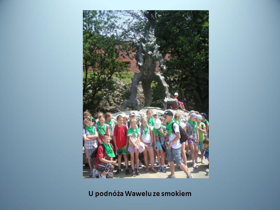 U podnóża Wawelu ze smokiem
