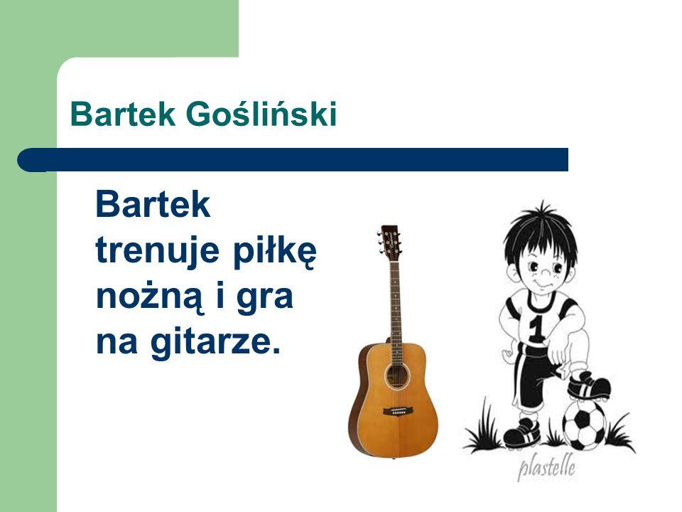Ola Marciniak Ola gra na gitarze i na flażolecie.