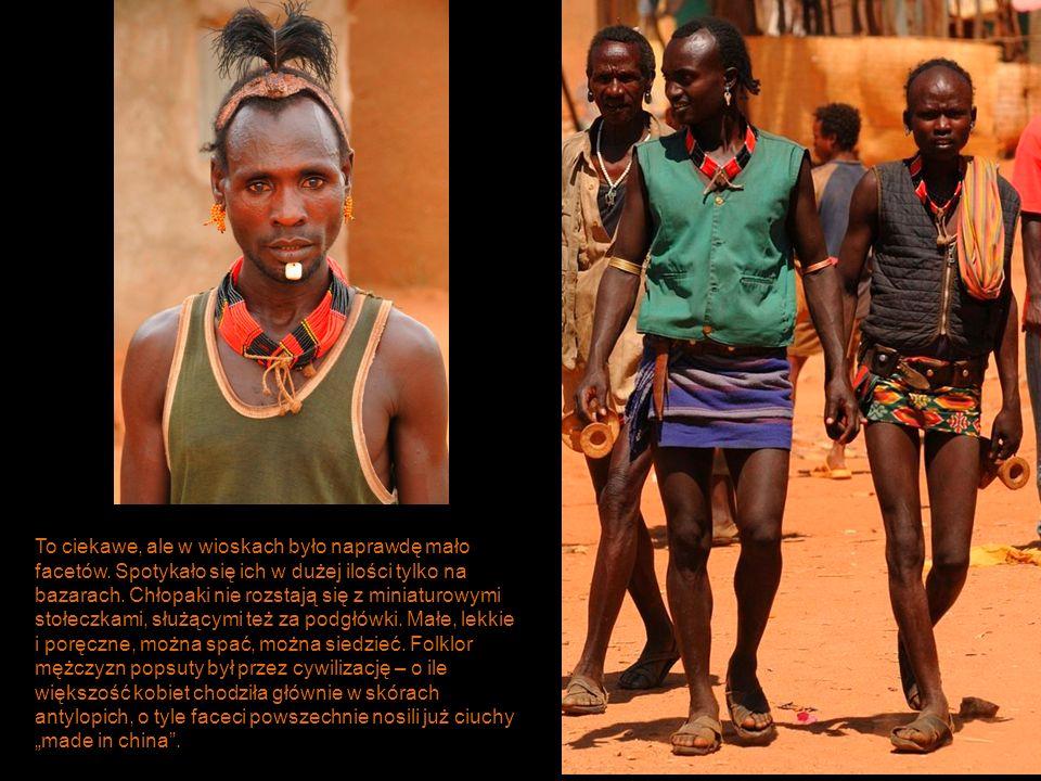 Geleb.Zwani też Dassanetch. Chyba najbiedniej żyjące plemię w dolinie Omo.