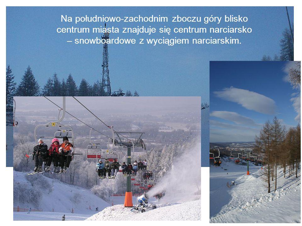 Na południowo-zachodnim zboczu góry blisko centrum miasta znajduje się centrum narciarsko – snowboardowe z wyciągiem narciarskim.