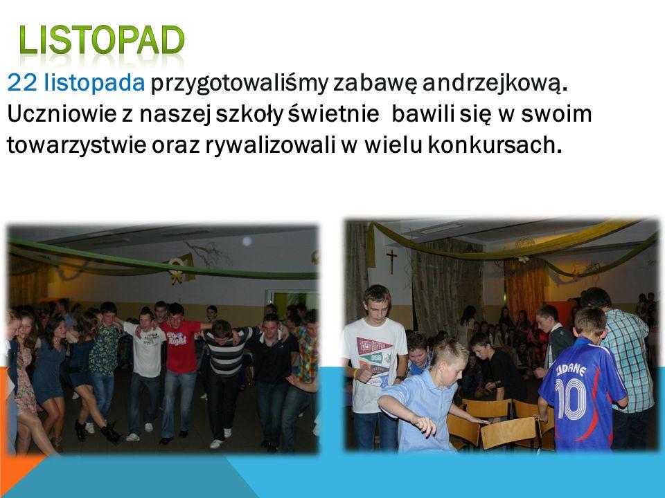 22 listopada przygotowaliśmy zabawę andrzejkową. Uczniowie z naszej szkoły świetnie bawili się w swoim towarzystwie oraz rywalizowali w wielu konkursa