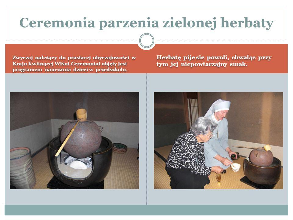 Zwyczaj należący do prastarej obyczajowości w Kraju Kwitnącej Wiśni.Ceremoniał objęty jest programem nauczania dzieci w przedszkolu.