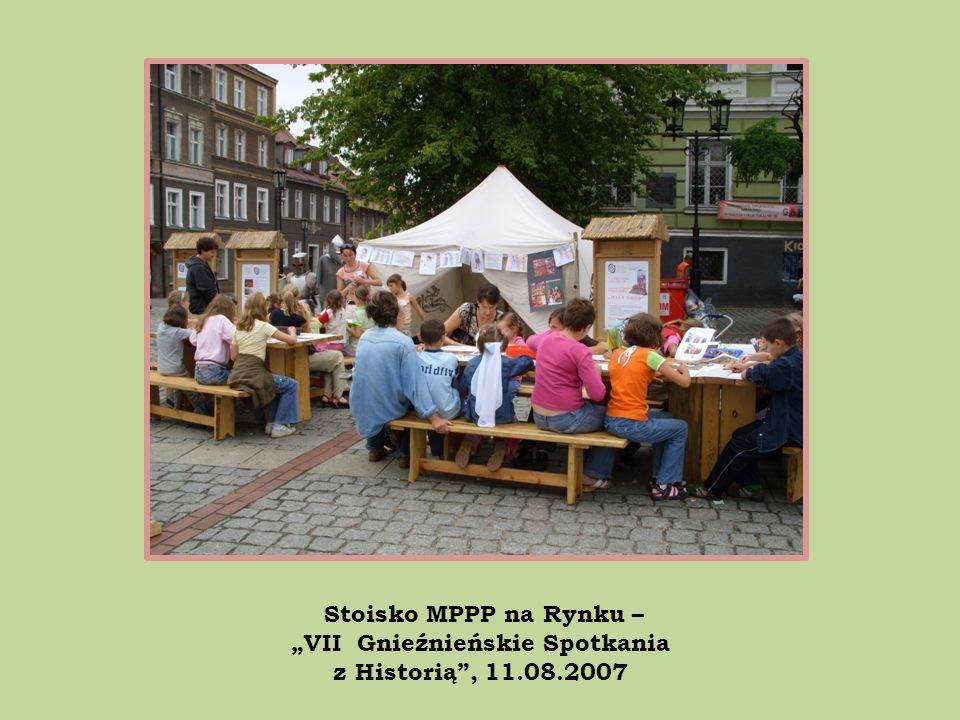 Stoisko MPPP na Rynku – VII Gnieźnieńskie Spotkania z Historią, 11.08.2007