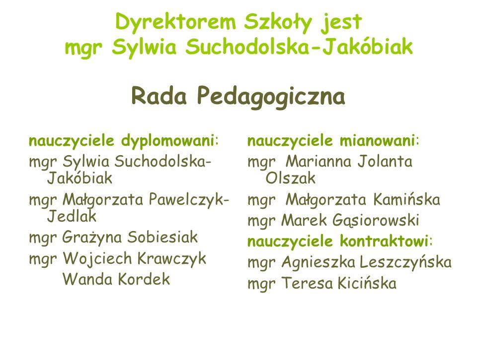 W szkole istnieje stała wystawa zatytułowana Wieś polska w II poł. XIXw. i I poł. XXw.
