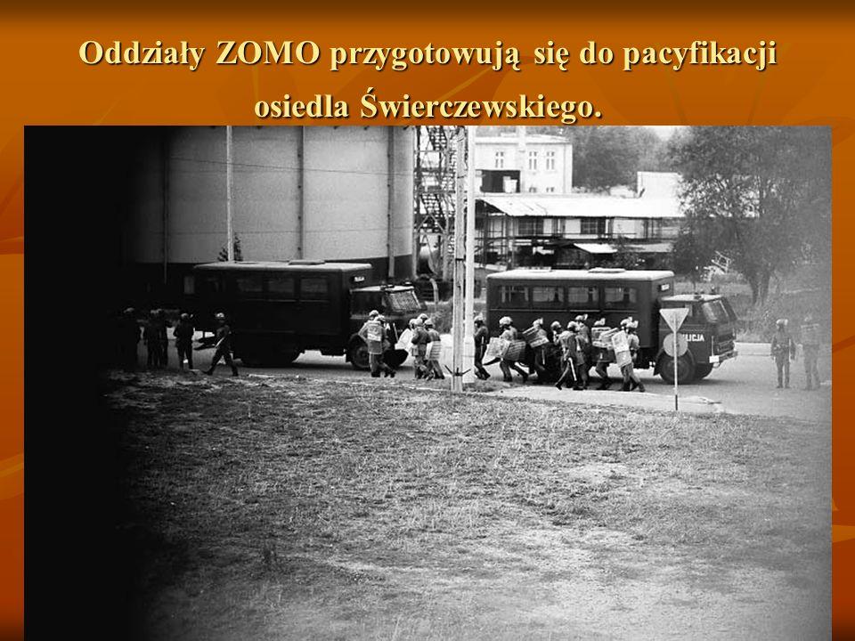 Po rozpędzeniu demonstracji na ul. Odrodzenia ludzie rozbiegli się po całej okolicy. Część z nich schroniła się na osiedlu Świerczewskiego. Całe osied