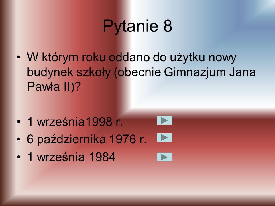 Pytanie 7 Liczba uczniów w latach 1967/1973 wahała się od? 200-250 450-550 900-1250