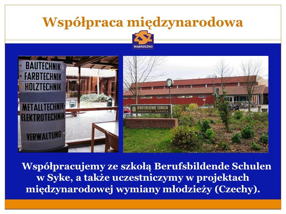 Współpraca międzynarodowa Współpracujemy ze szkołą Berufsbildende Schulen w Syke, a także uczestniczymy w projektach międzynarodowej wymiany młodzieży