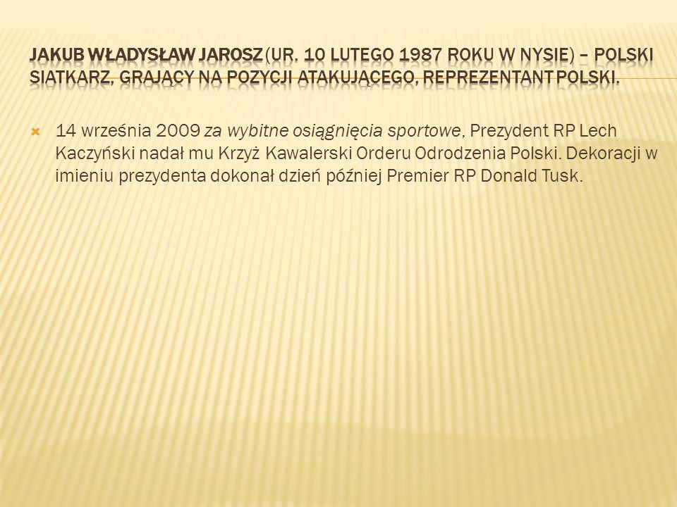 14 września 2009 za wybitne osiągnięcia sportowe, Prezydent RP Lech Kaczyński nadał mu Krzyż Kawalerski Orderu Odrodzenia Polski. Dekoracji w imieniu