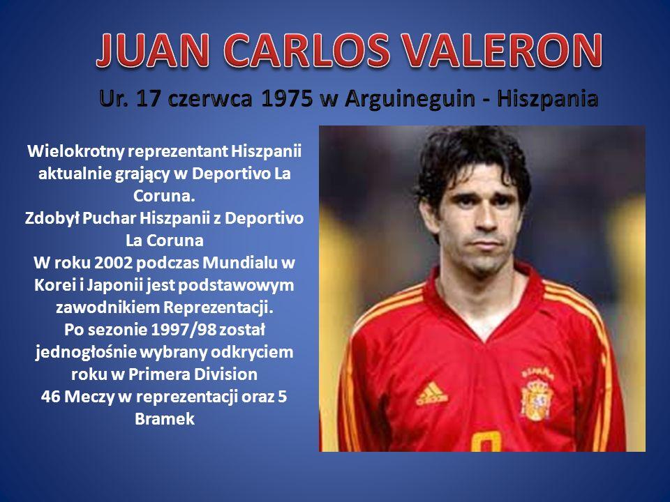 Wielokrotny reprezentant Hiszpanii aktualnie grający w Deportivo La Coruna. Zdobył Puchar Hiszpanii z Deportivo La Coruna W roku 2002 podczas Mundialu