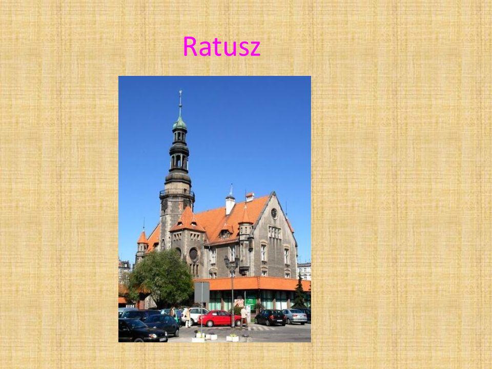 Ratusz w Krotoszynie – budynek murowany z około 1689 roku, przebudowany w latach 1898-1899 na neorenesansowy.