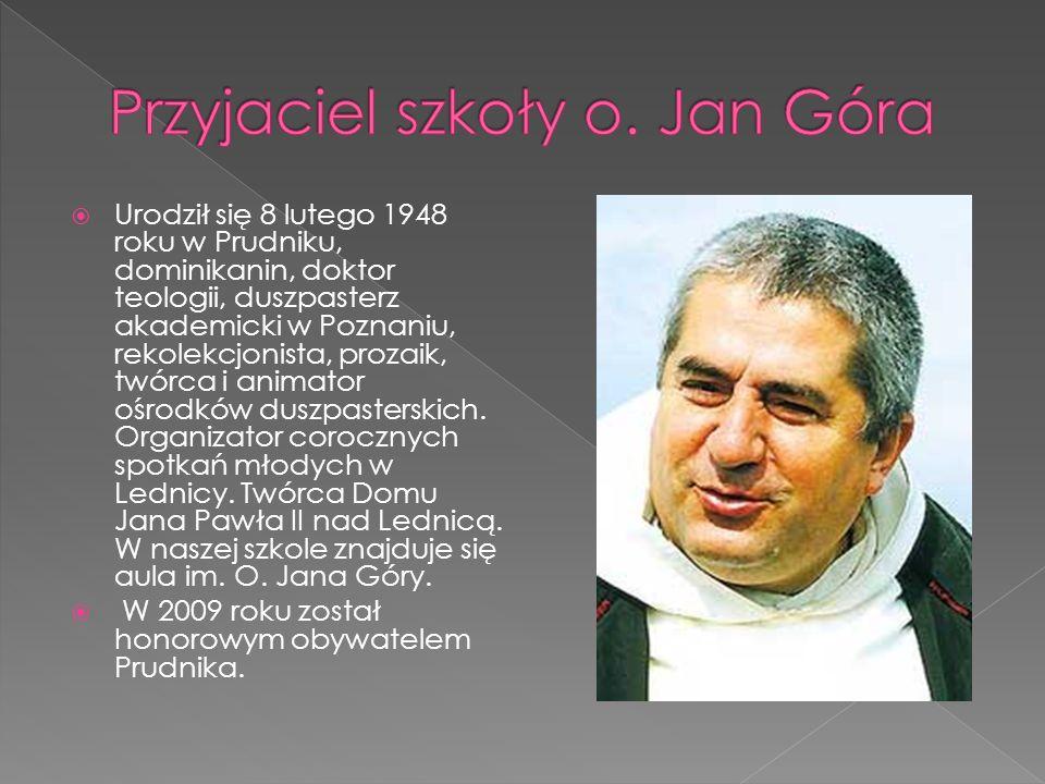 Urodził się 8 lutego 1948 roku w Prudniku, dominikanin, doktor teologii, duszpasterz akademicki w Poznaniu, rekolekcjonista, prozaik, twórca i animator ośrodków duszpasterskich.