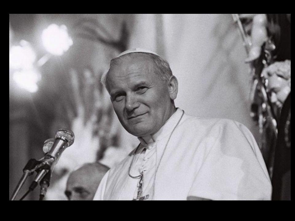 Ojciec Święty Jan Paweł II był według mnie najlepszym dotychczasowym papieżem, wielkim człowiekiem oraz oddanym patriotą.