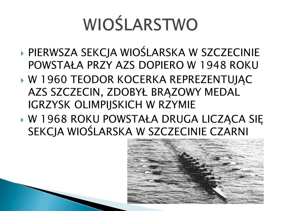 Pierwsze mecz w historii Szczecina został rozegrany 26 sierpnia 1945 roku pomiędzy cywilnymi drużynami, dwóch pierwszych klubów w mieście – Odrą i Pionierem( 4:1 dla Odry) Z powodu braku dostępu do pełnowymiarowych boisk, mecze organizowano gdziekolwiek, np.