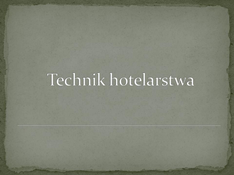 Przedmioty w kształceniu zawodowym teoretycznym podstawy hotelarstwa podstawy działalności gospodarczej w hotelarstwie marketing usług hotelarskich język obcy zawodowy podstawy turystyki organizacja pracy w recepcji obsługa gościa w obiekcie hotelarskim Przedmioty w kształceniu zawodowym praktycznym pracownia obsługi hotelarstwa i turystyki pracownia obsługi konsumenta pracownia obsługi informatycznej praktyki zawodowe