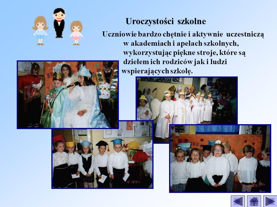 Pocztówki wielkanocne wykonane przez uczniów Szkoły Filialnej w Dzierzbi.