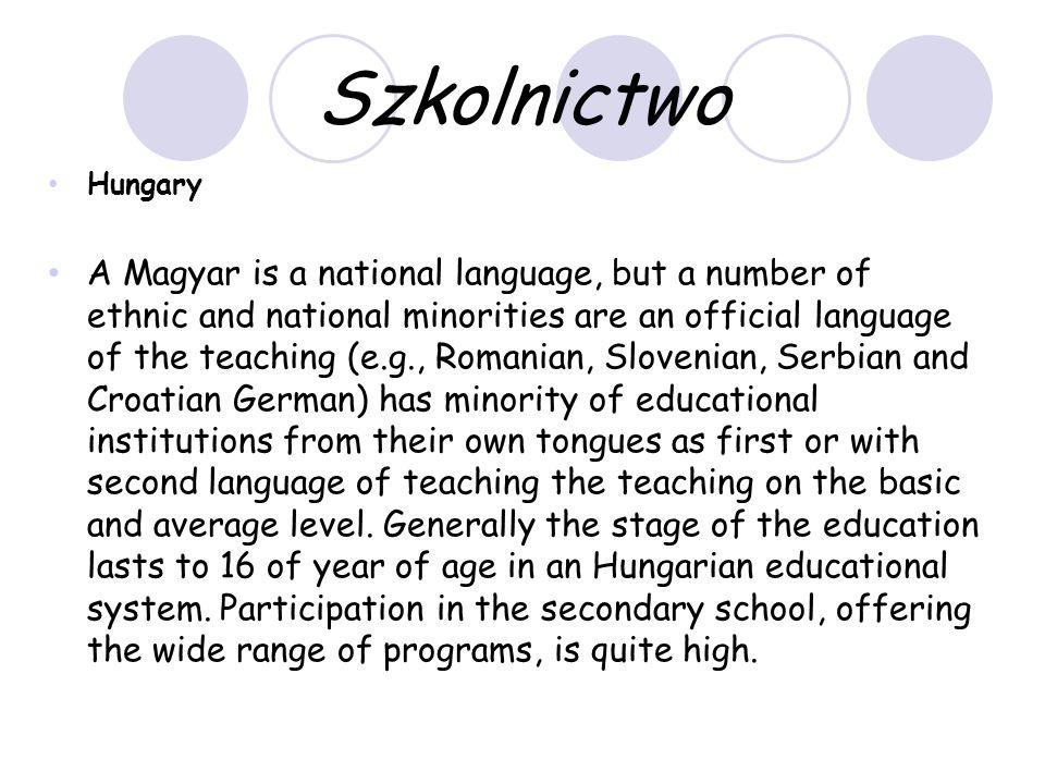 Dni wolne i święta - Węgry Istnieją dwa semestry w szkołach węgierskich.