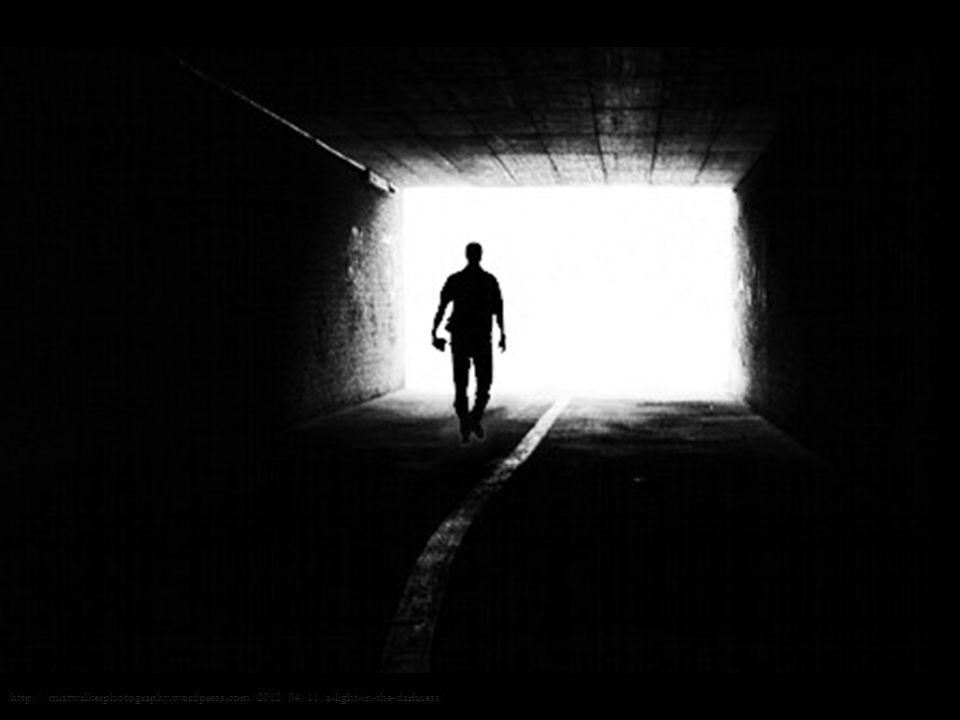 19/28 J. Nazarko, Sen o potędze czy Ciemność widzę? W poszukiwaniu podlaskiej innowacji http://mistwalkerphotography.wordpress.com/2012/04/11/a-light-