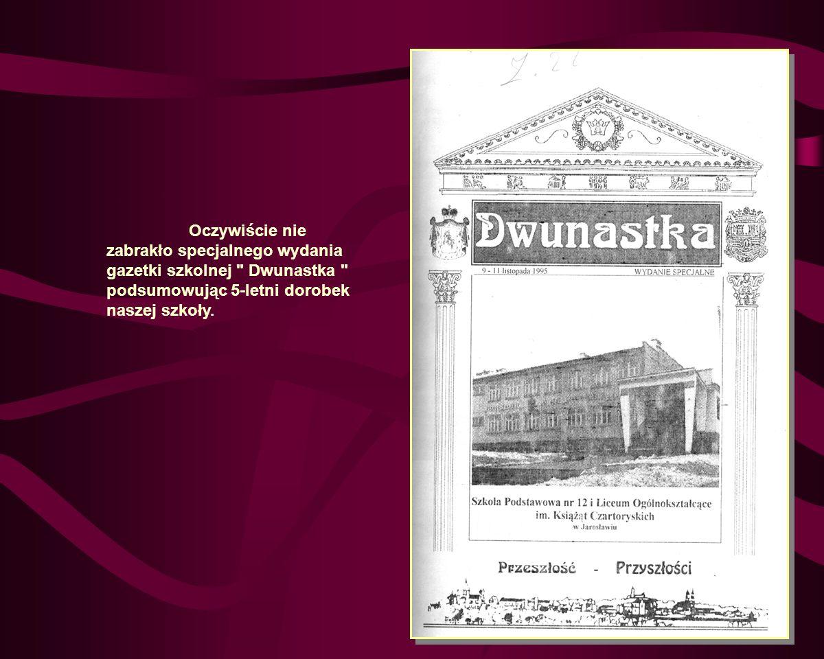 11 listopada odbyła się centralna akademia z okazji Rocznicy Odzyskania Niepodległości, przygotowane przez uczniów naszej szkoły dla społeczeństwa miasta Jarosławia, która jednocześnie zakończyła obchody święta szkoły.