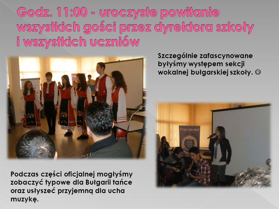 Podczas części oficjalnej mogłyśmy zobaczyć typowe dla Bułgarii tańce oraz usłyszeć przyjemną dla ucha muzykę.