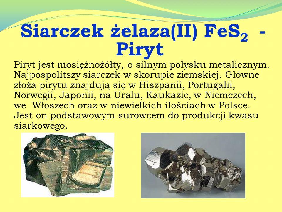 Skała metamorficzna powstała z przeobrażenia wapieni, oraz dolomitów. Składa się głównie z krystalicznego kalcytu i dolomitu. W Polsce marmur wydobywa